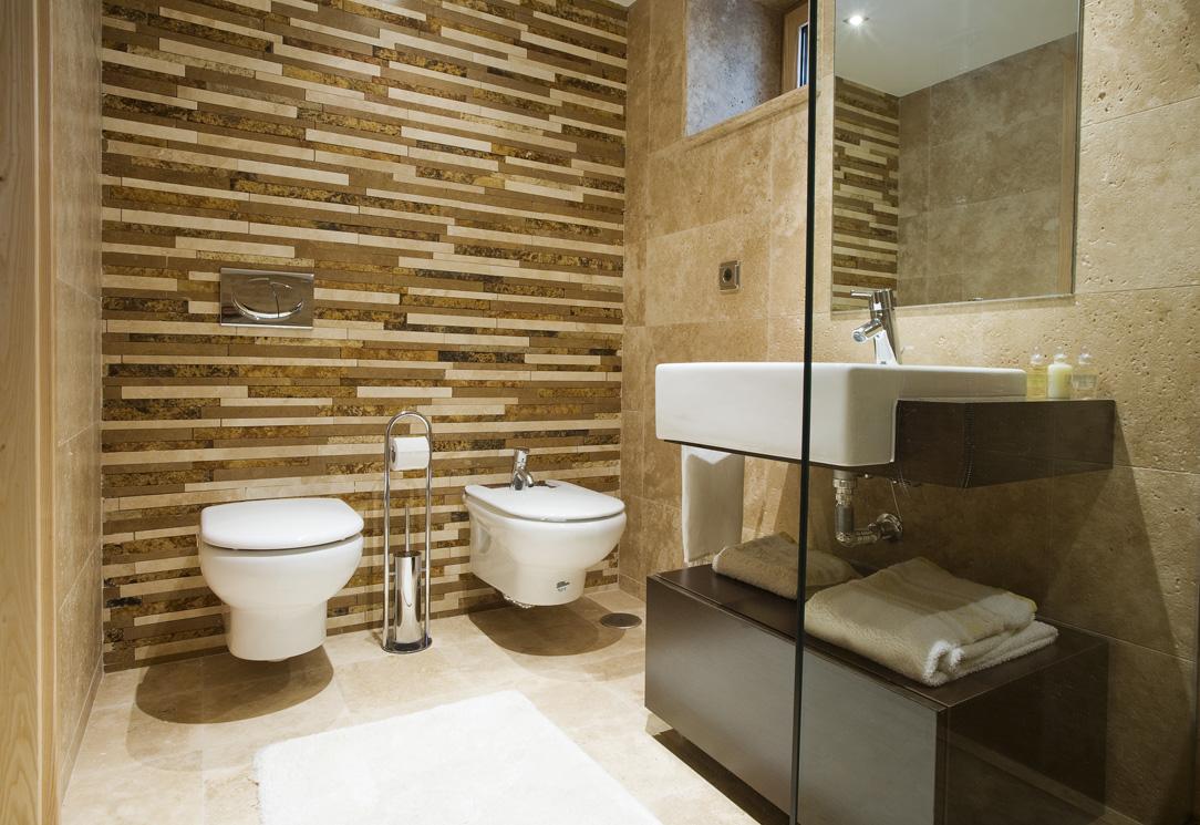 Salle de bain pierre quelques ides pour la dco salle de for Pierre naturelle pour salle de bain